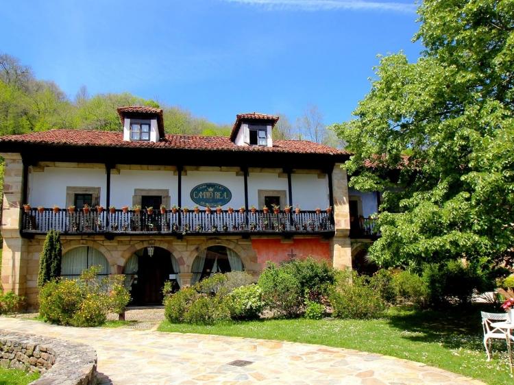 Camino Real de Selores cantabria Hotel b&b boutique con encanto apartamentos