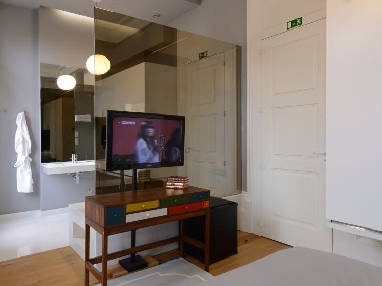 Hotel Emaj Guimarães Douro Portugal Façade