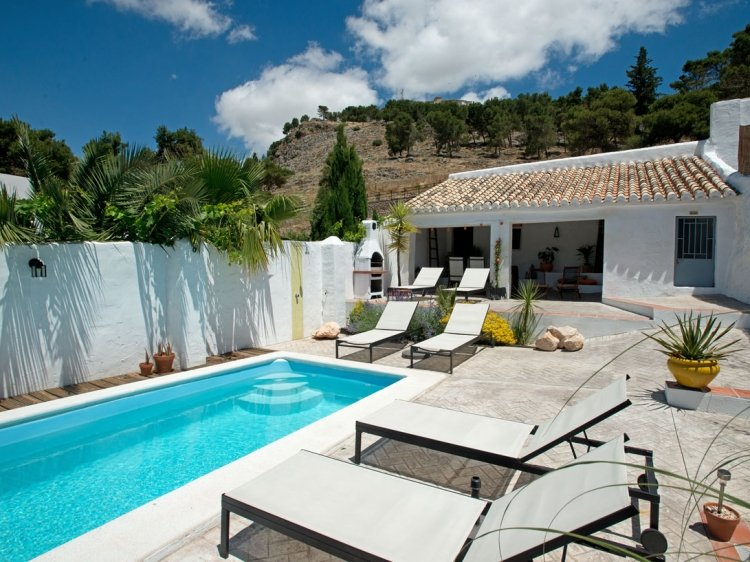 The pool terrace at Almohalla 51 hotel Malaga best romantico con encanto