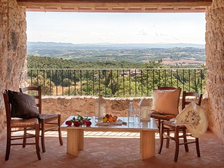 Relais la Costa Monteriggioni Siena romántico adultos hotel con encanto