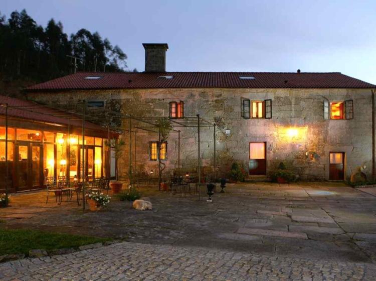 Casa grande do Bachao Casa solariega Santiago de Compostela Galicia España casa de alquiler