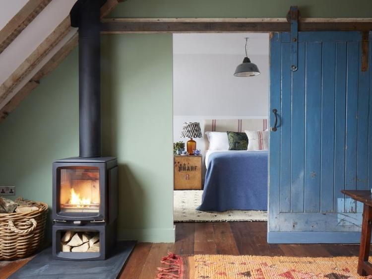 suite con fuego de chimenea at Artist Residence hotel Pezane Conrwall