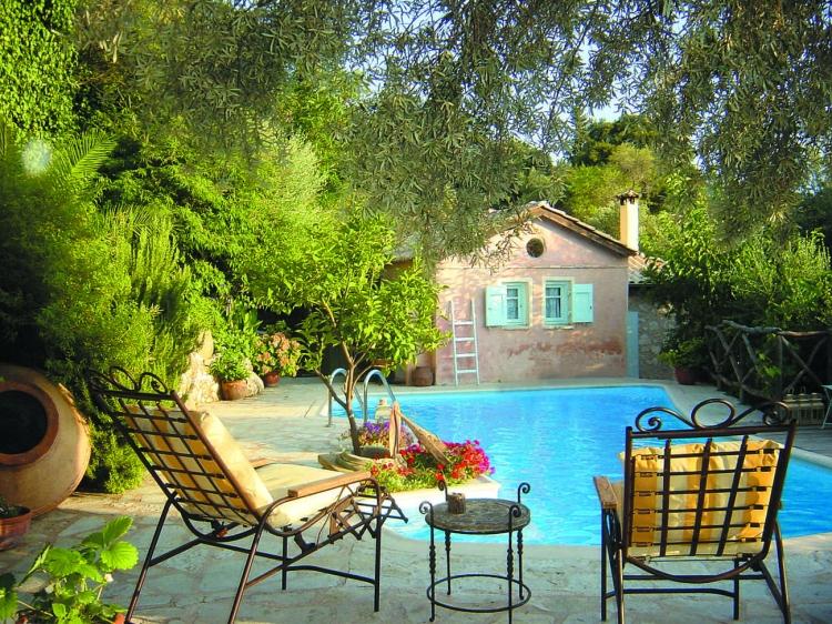 Pavezzo Country retreat  Katouna Lefkada hotel b&b self catering casa apartamento con encanto