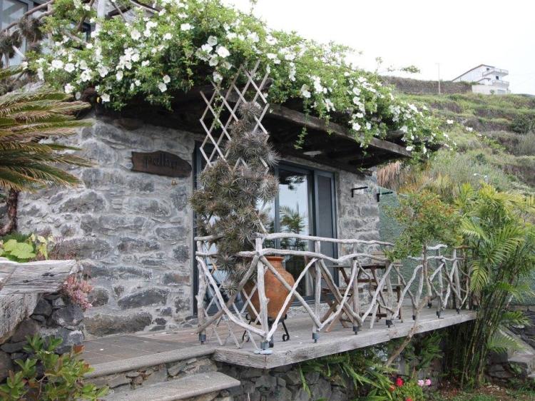 Staying at Calhau Grande Arco da Calheta Madeira  hotel con encanto barato lujoso boutique con caracter pequeño