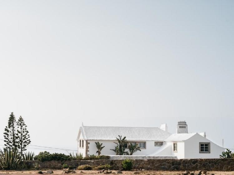 OUTPOST Casa das Arribas azenhas do mar casa con encanto