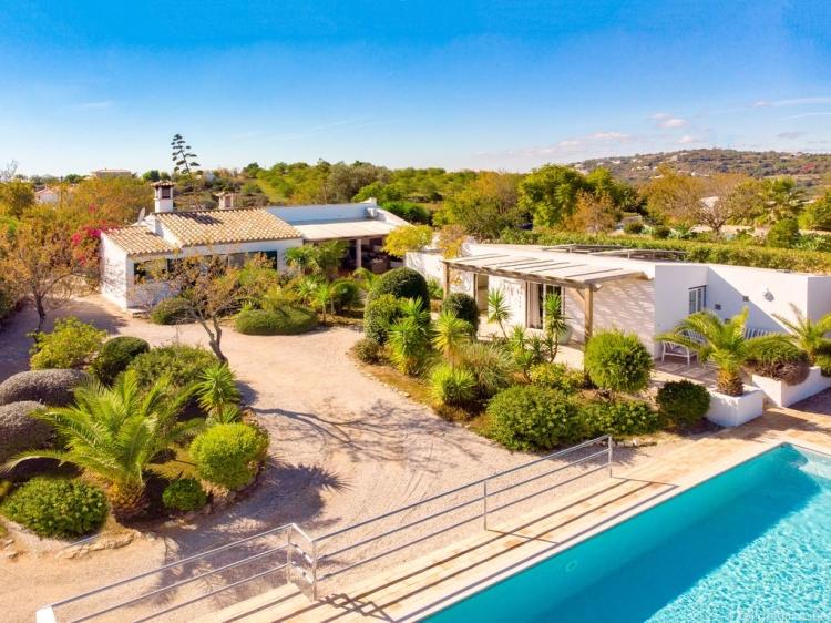 Escapada Casa Caranguejo Loulé Algarve Portugal hotel con encanto barato lujoso boutique con caracter pequeño