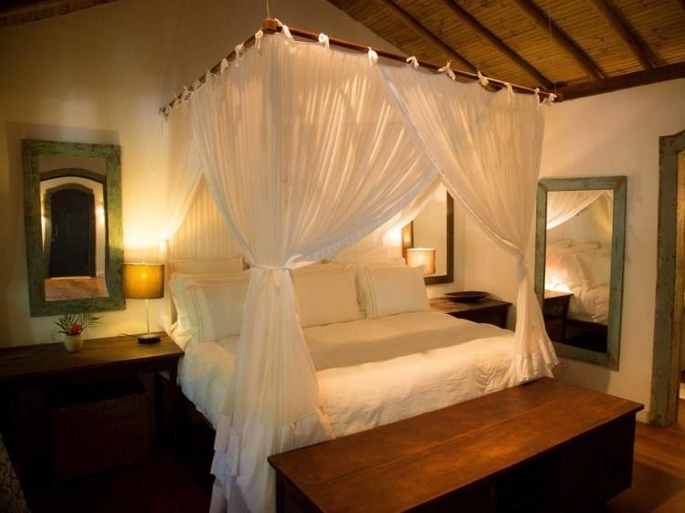 Escapada Sagrado Casa Hotel Trancoso Brasil cama romántico descanso