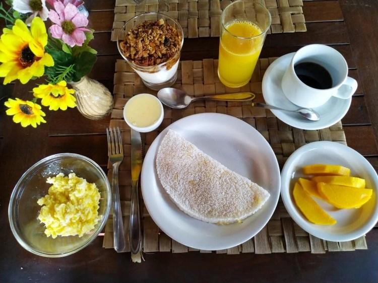 escapada Pousada la villa caraíva bahia desayuno fruta fresca rico saludable