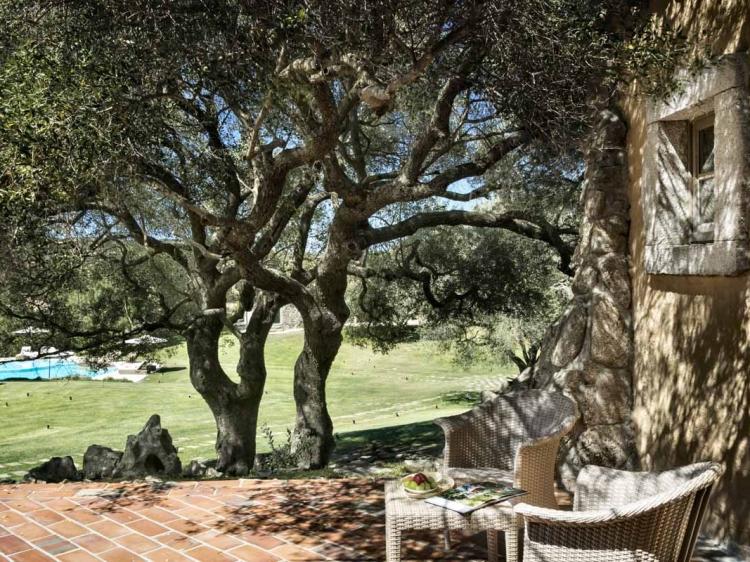 El mejor hotel de campo con encanto Cerdeña jardín