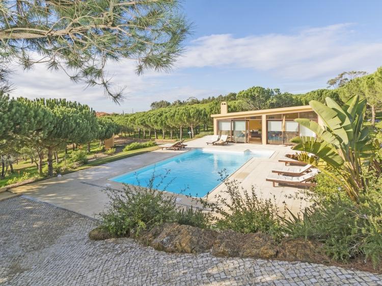 Quinta Raposeiro Apartamentos cerca de la playa Surf Ericeira Portugal