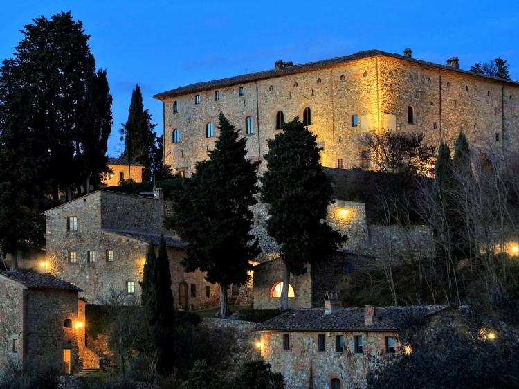 Castello de Bibbione Hotel Tuscany houses aparatmentos con encanto