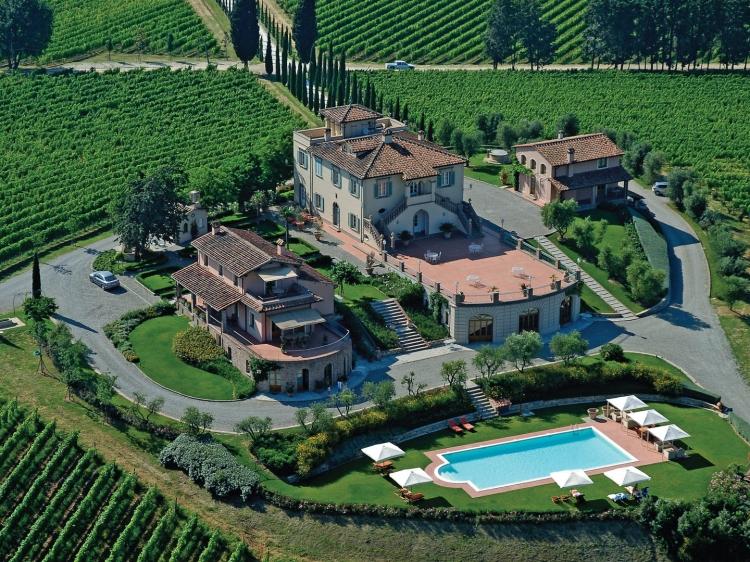 Poggio al Casone wine retreat tuscany