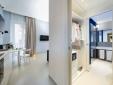 Luxury Suite Living room and bathroom