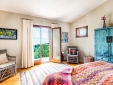 Upfloor - Master Bedroomdroom