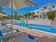 Quinta Bonita Lounge