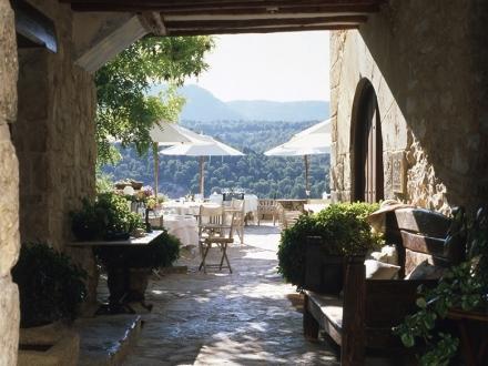 Secretplaces la torre del visco fuentespalda teruel - Hoteles con encanto en la toscana ...
